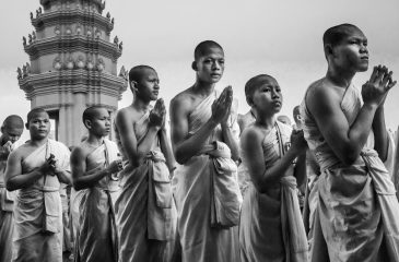 MONKS PROCESSION AND INDEPENDENCE MONUMENT by Raphael Pech